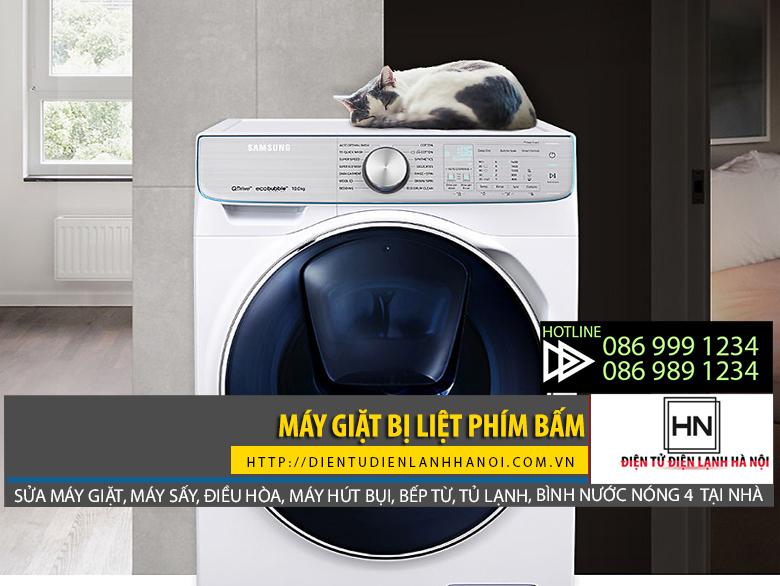 Máy giặt bị liệt phím bấm do thói quen nhấn quá mạnh khi sử dụng